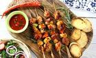 Szaszłyki z kurczakiem i ananasem. Fot. Knorr