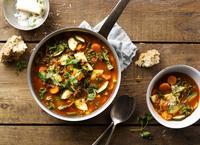 Zupa z soczewicą i jarmużem. Fot. Knorr