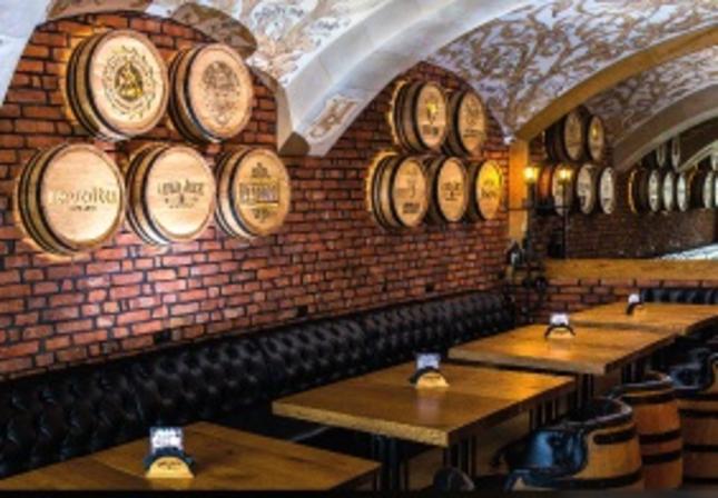 Otwarcie piwnego poziomu w pubie Lord Jack