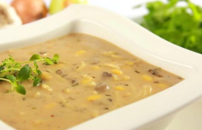 Zupa z maślaków. Fot. Knorr