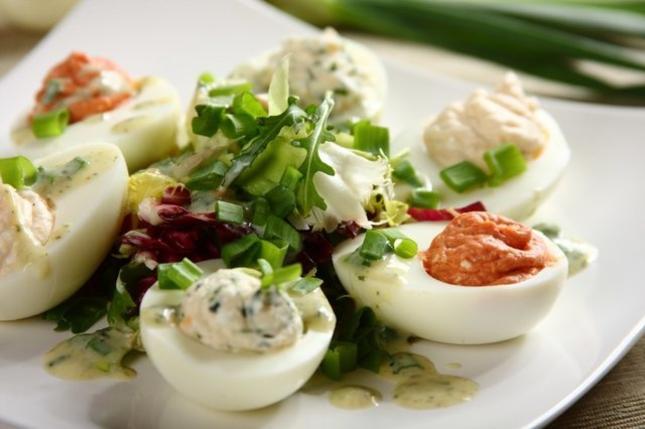 Faszerowane jajka. Fot. Knorr