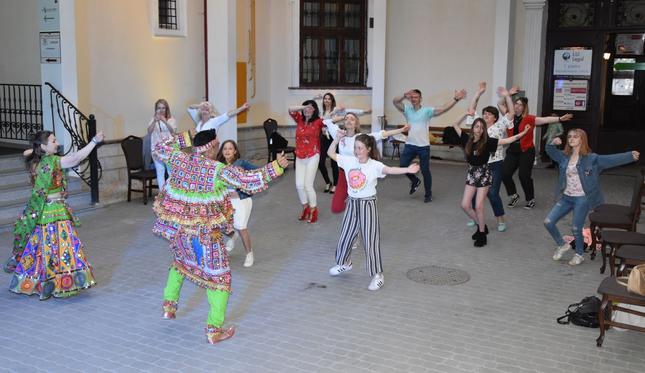 RANI – barwny taniec w hinduskich rytmach