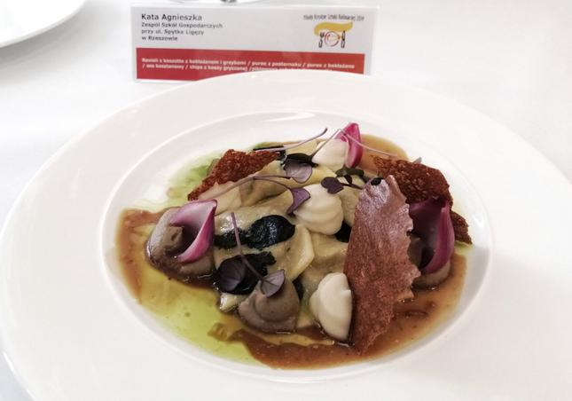 Zwycięskie danie: ravioli z kaszotto z bakłażanem i grzybami